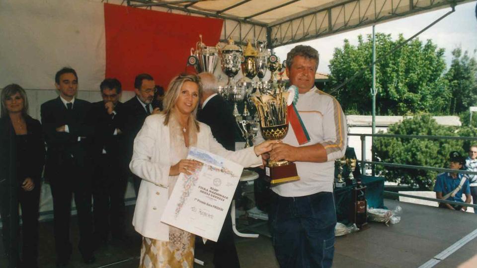 Capannoli (PI), 14 settembre 2003 – Premiazione alla Fiera degli Uccelli Terza file