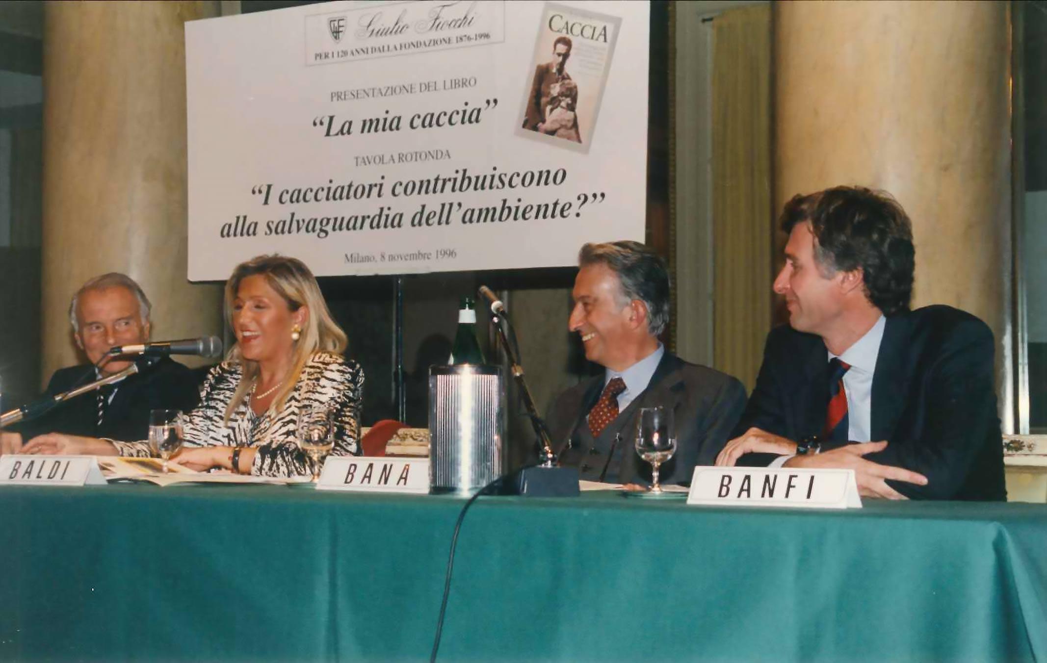 """Milano, 8 novembre 1996 - """"La mia caccia"""" di Fiocchi, Bana e Banfi"""