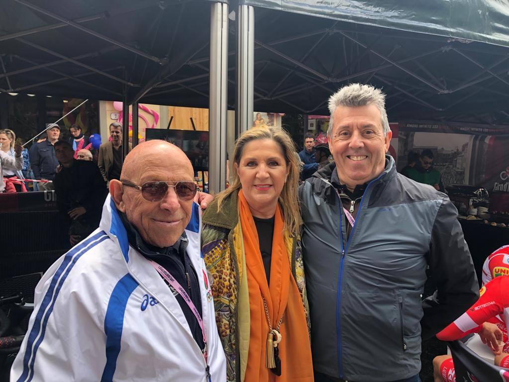 A Vinci alla partenza della terza tappa del Giro d'Italia 2019