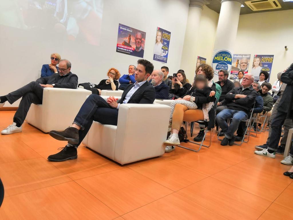 Incontro elettorale al comitato di Fratelli d'Italia di via Amendola a Firenze