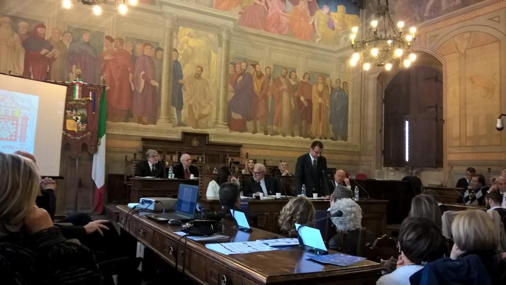Nella Sala dei Grandi della Provincia ad Arezzo, ospite del convegno pubblico organizzato dalla Loggia Cairoli